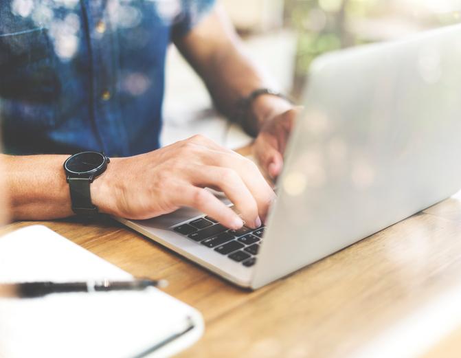 Az ügyfelek üzeneteinek célba juttatása java részben a hatékony kommunikációs csatornák kiválasztásában és megfelelő használatában rejlik.